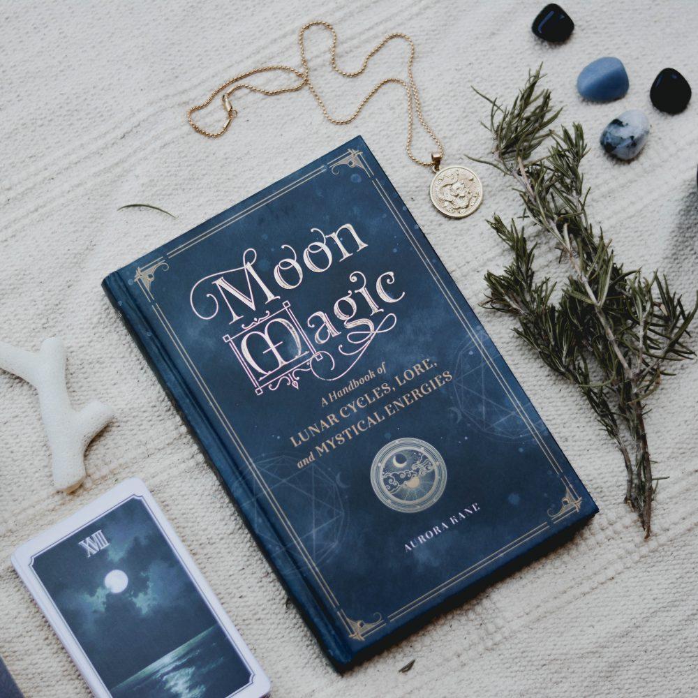 ZODIAC TAROT READING: Taurus Full Moon! Girl and Her Moon